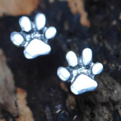 Pawprint stud earrings E55